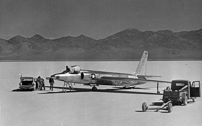 U-2 RHAF 23